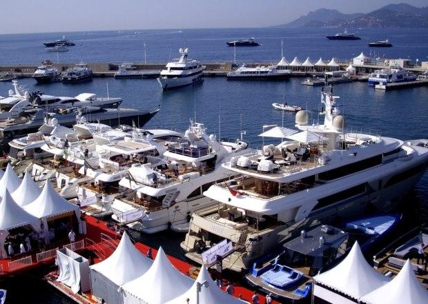Cannes_festival_de_plaisance_sept