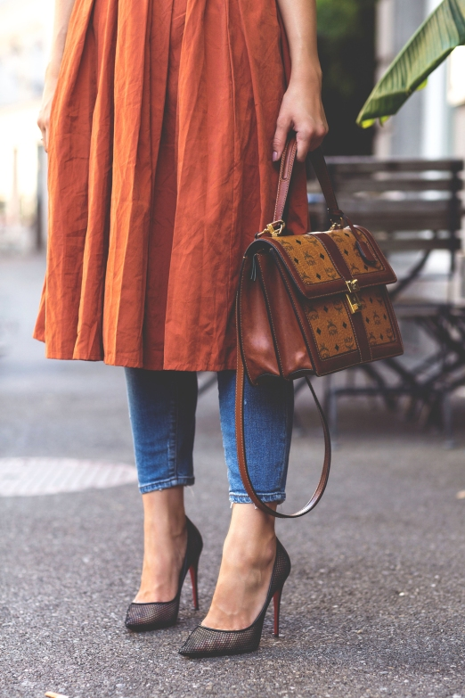 The-Fashion-Fraction-Skirt-Over-Jeans-Outfit-Casual-Style-MCM-Bag-Louboutin-Mesh-Pumps-Ray-Ban-7